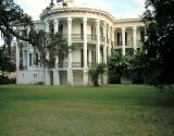 The South's largest plantation home: NOTTOWAY.